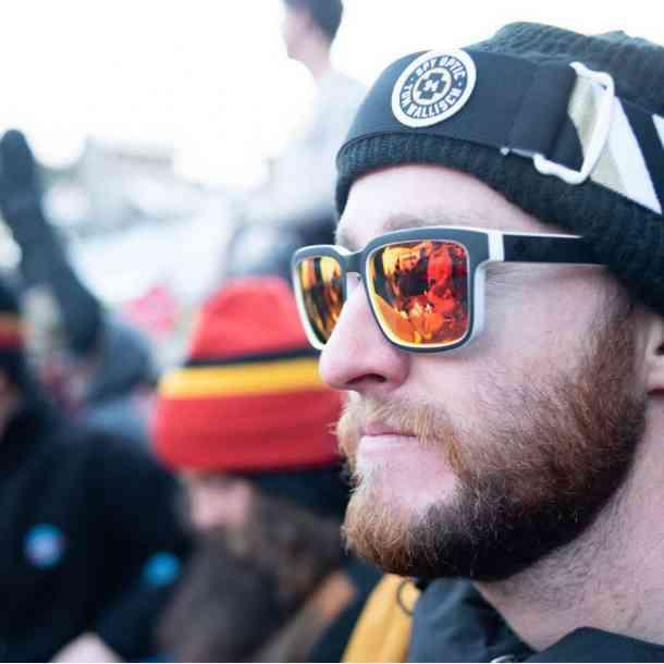 Okulary przeciwsłoneczne Spy Discord (soft mat dark gray happy pola/red spectra)